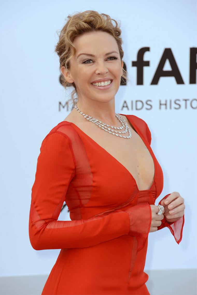 Kylie-Minogue_in_Chopard2_A