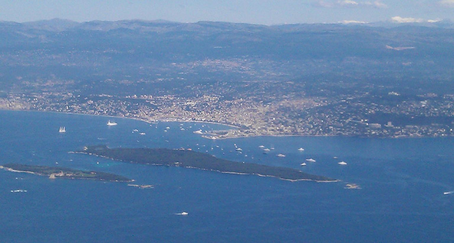 Cannes-from-the-air