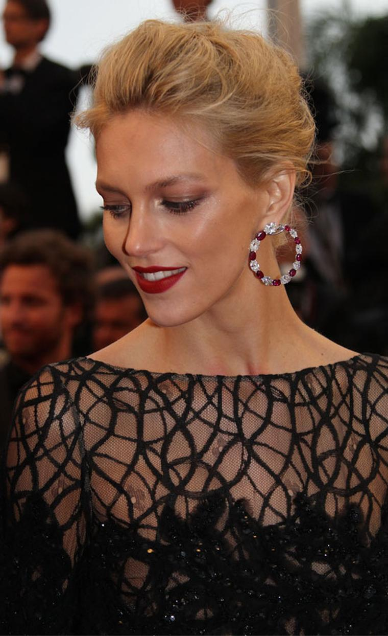 Anja-Rubik_in_Chopard
