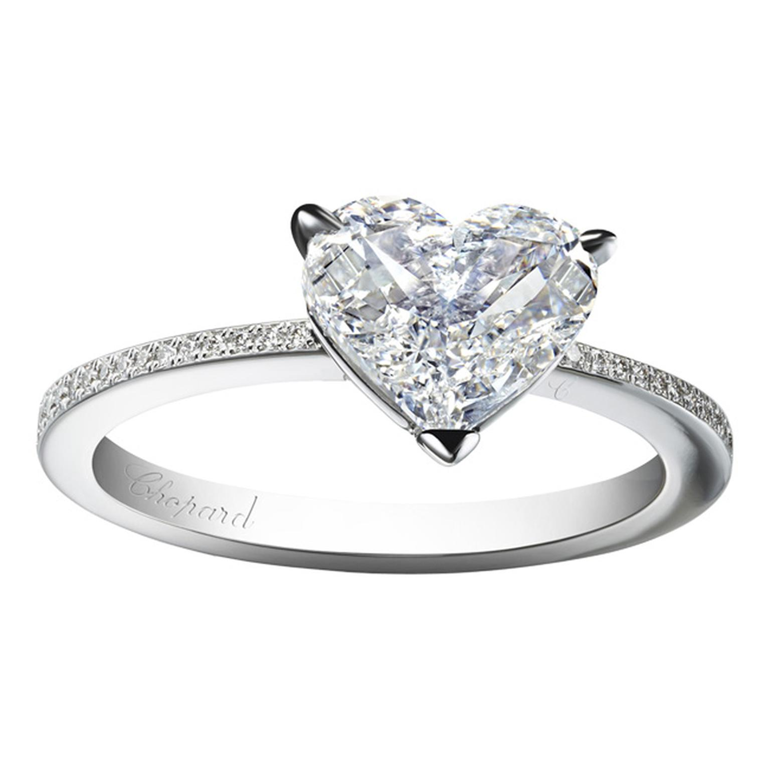 Chopard engagement ring with heart shaped diamond_20131115_Main