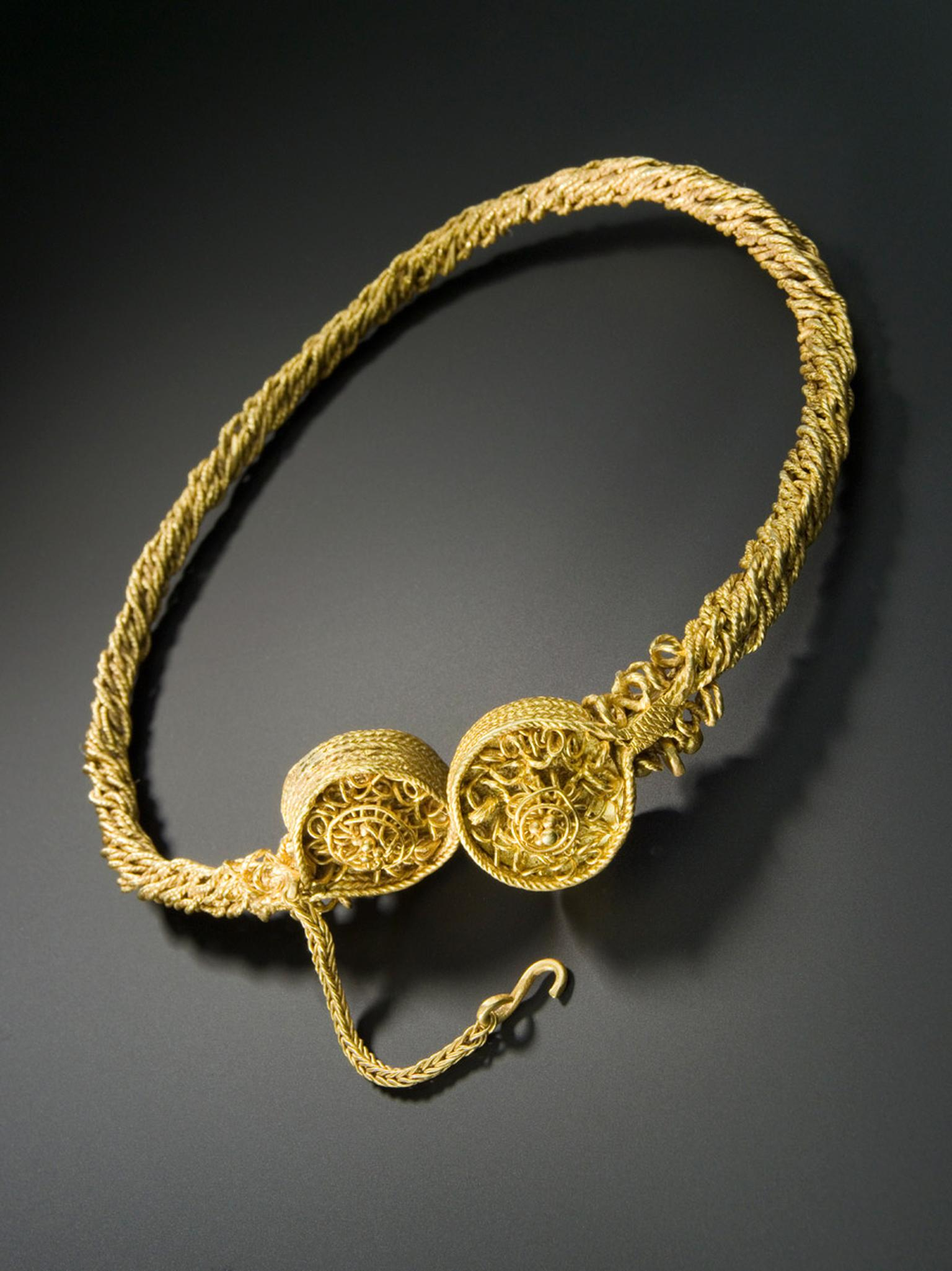Goldsmiths-Torc.jpg