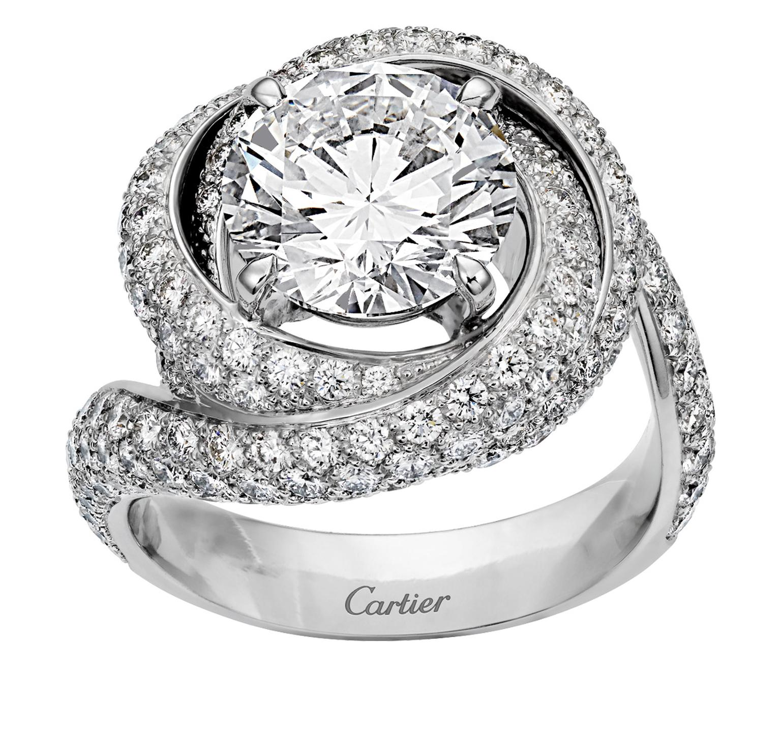 Cartier Trinity Ruban Solitaire platinum and diamond ring_20131122_Zoom