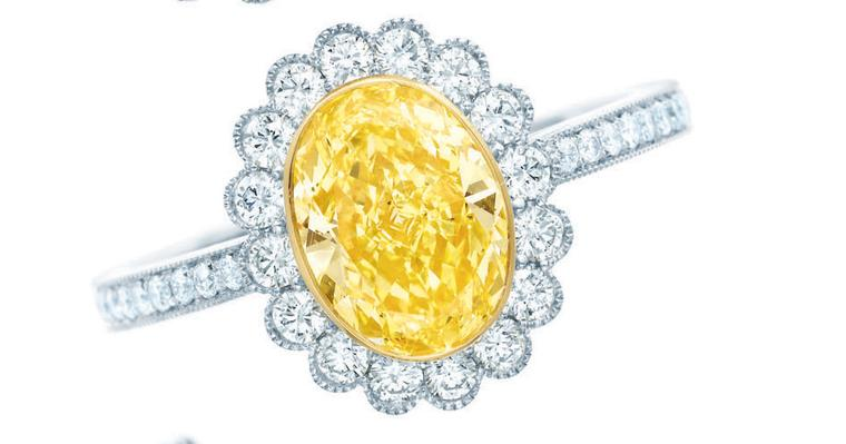 Tiffany-Enchant-yellow-and-white-diamond-rings-set-in-platinum-Oval