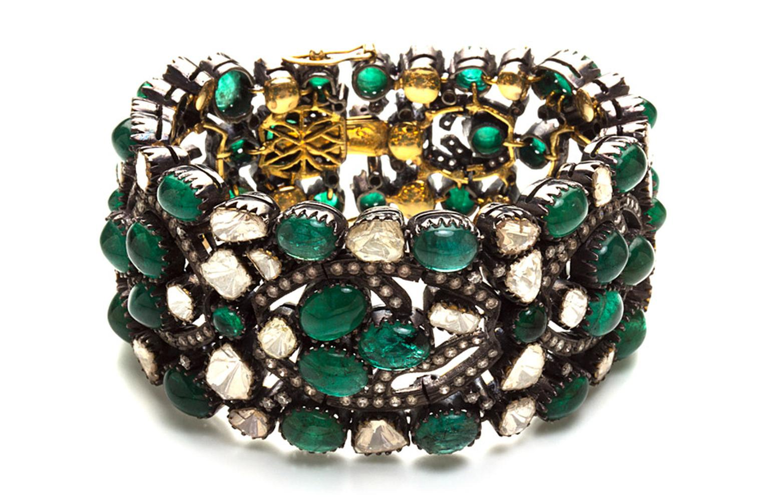 Amrapali-Emerald-and-Diamond-cuff