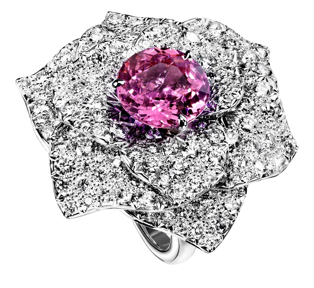 Piaget Limelight Garden Party Rose Ring_20131205_Zoom