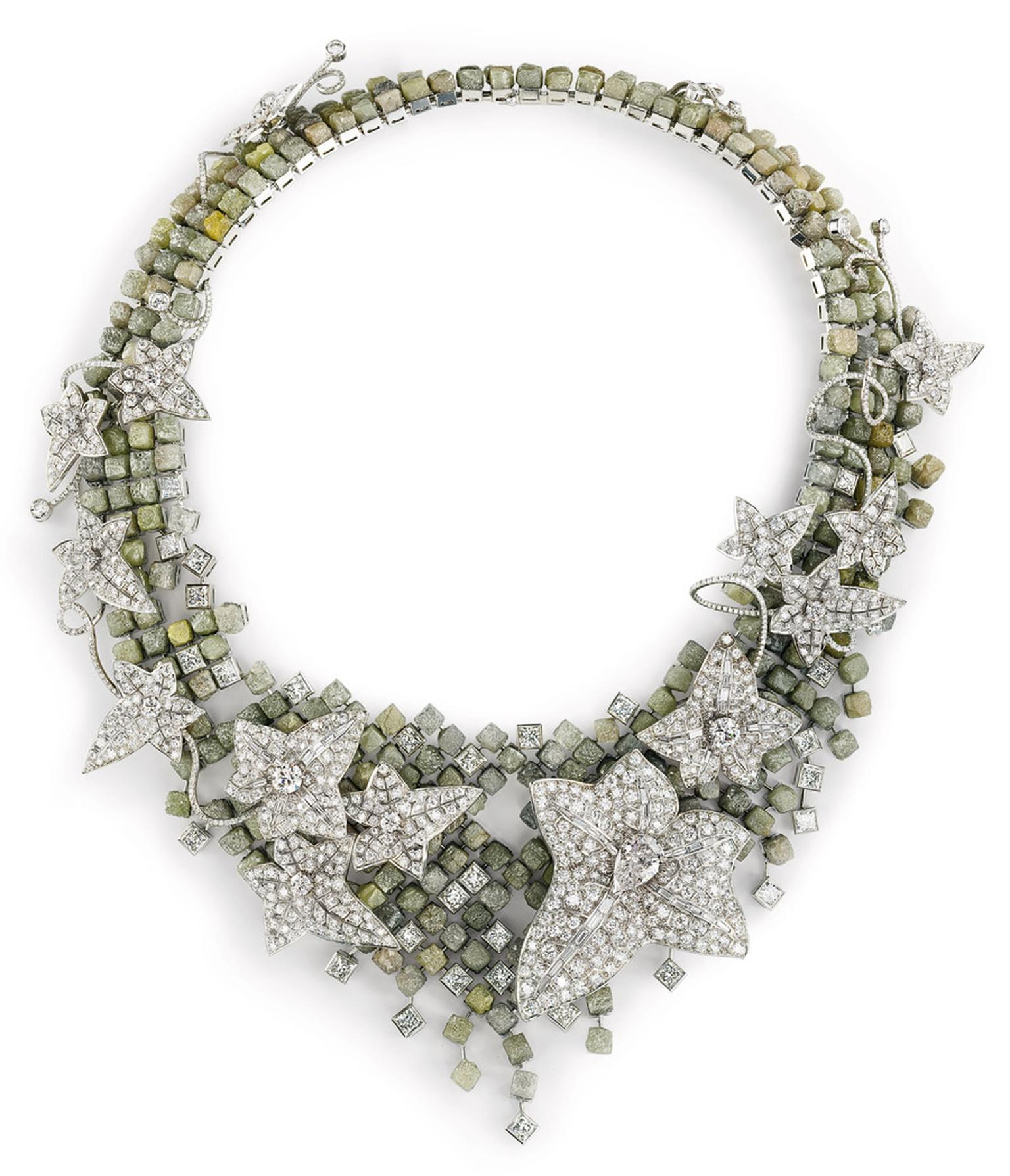 boucheron-lierre-de-paris-necklace.jpg