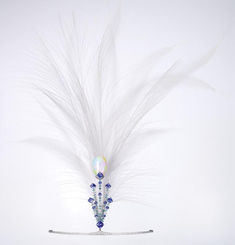 Chaumet-diademe_aigrette12_photo