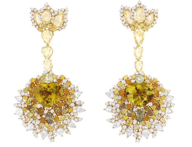 Dear-Dior-Dentelle-Mcdaillon-Soleil-earrings