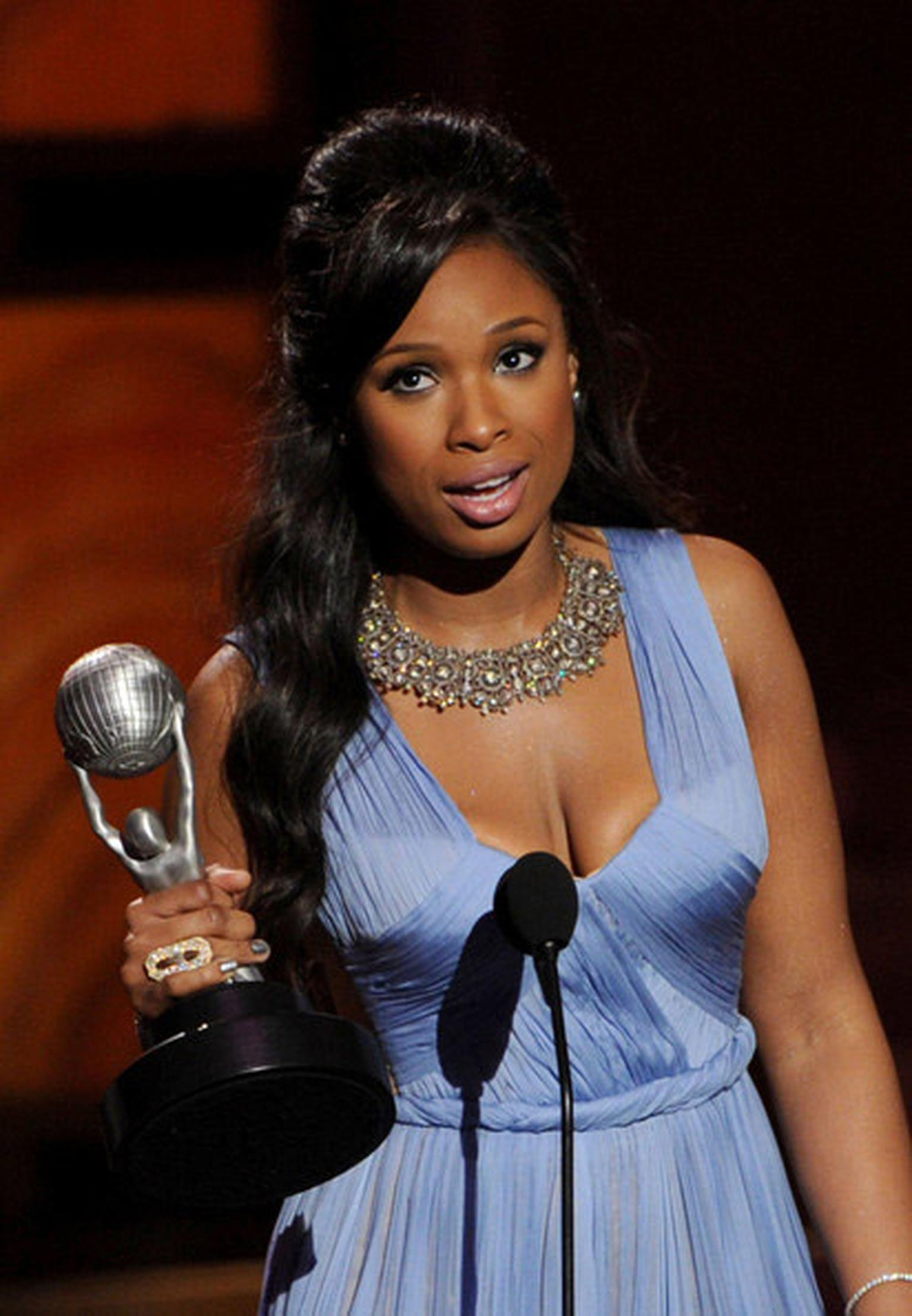 Amrapali-Actress-Jennifer-Hudson-in-Amrapali-necklace