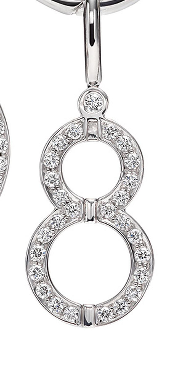 Eight-Harry-Winston-Charms-Bracelet-in-Platinum