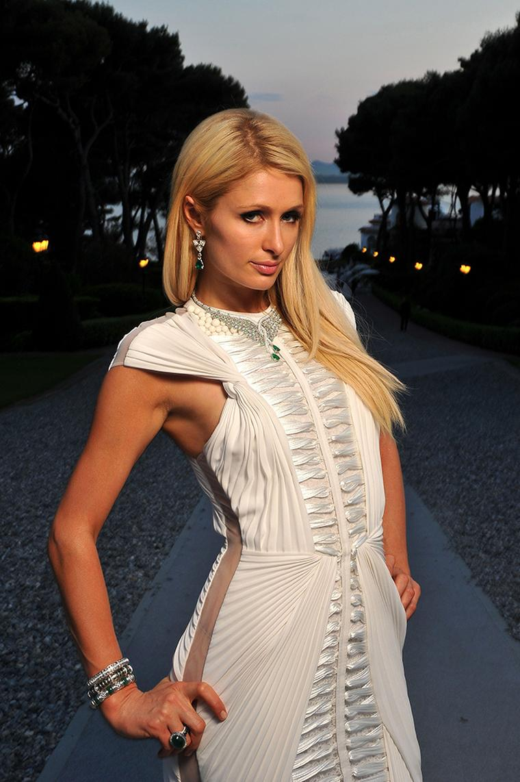 Paris-Hilton-wearing-Avakian
