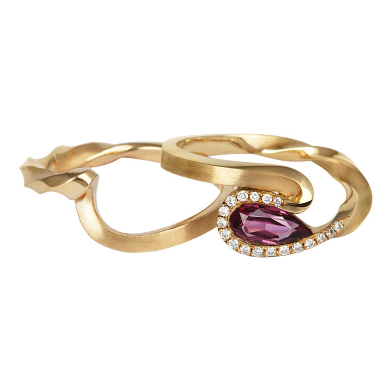 Jessica Poole Sapphire Twist rings in Fairtrade gold with diamonds_20140131_Main