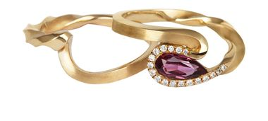 Jessica Poole Sapphire Twist rings in Fairtrade gold with diamonds_20140131_Zoom