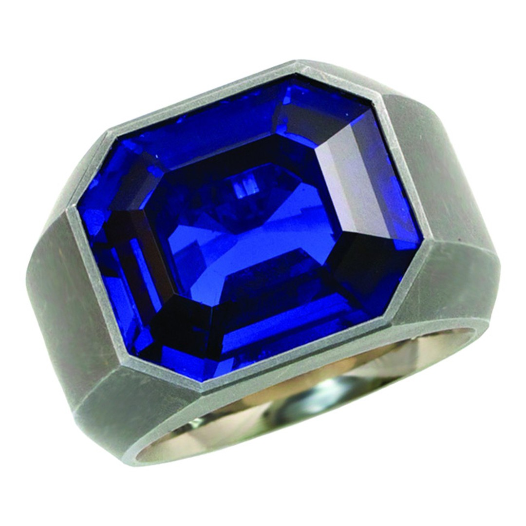 Hemmerle exceptional Royal Blue Burma Sapphire (No Heat) Ring_20140203_Main