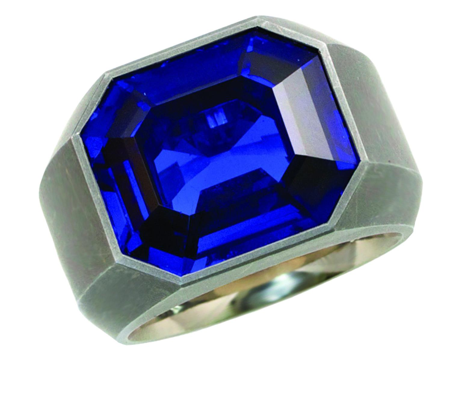 Hemmerle exceptional Royal Blue Burma Sapphire (No Heat) Ring_20140203_Zoom