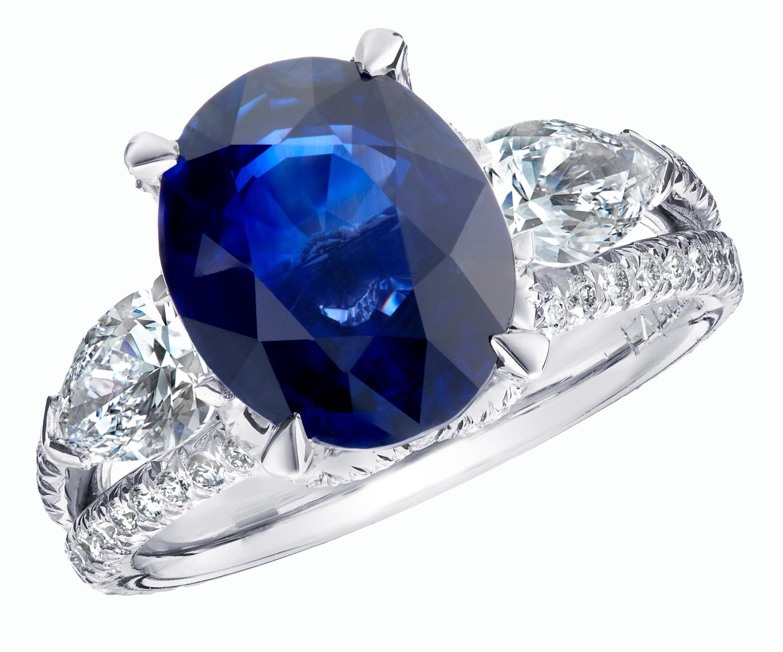 Faberge Devotion Blue Sapphire engagement ring_20140212_Zoom