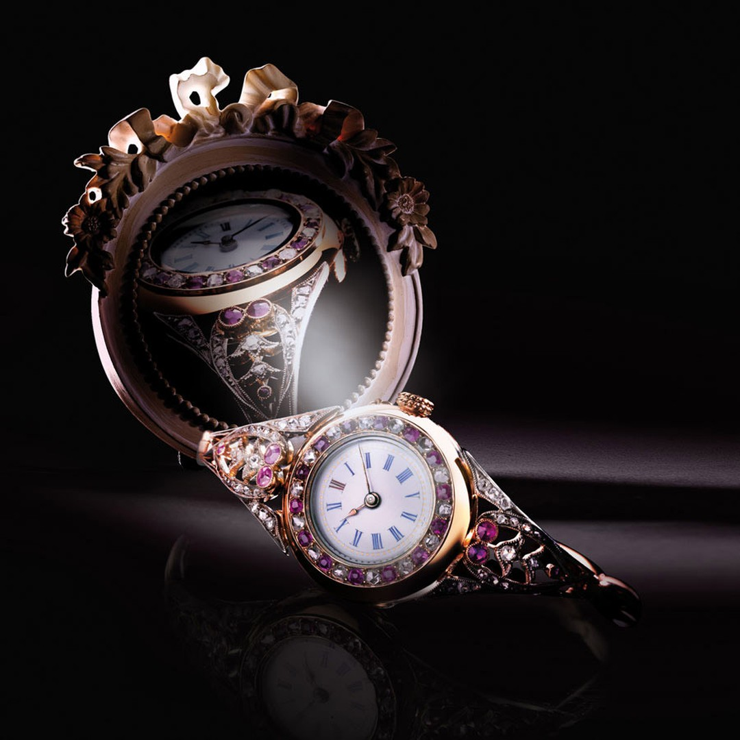 1900-Jaeger-LeCoultre-Lady-watch