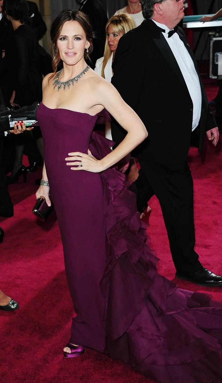 Jennifer Garner at the Academy Awards 2013 in a vintage Neil Lane necklace, set with almost 200ct of diamonds