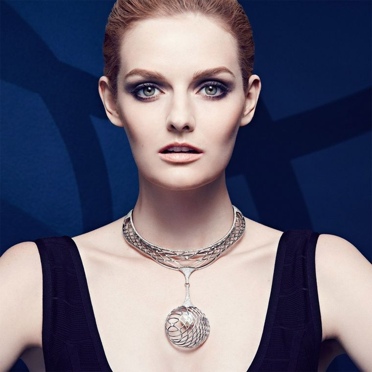 The-Palladium-Fine-Jewellery-Lara-Bohinc-Model-2