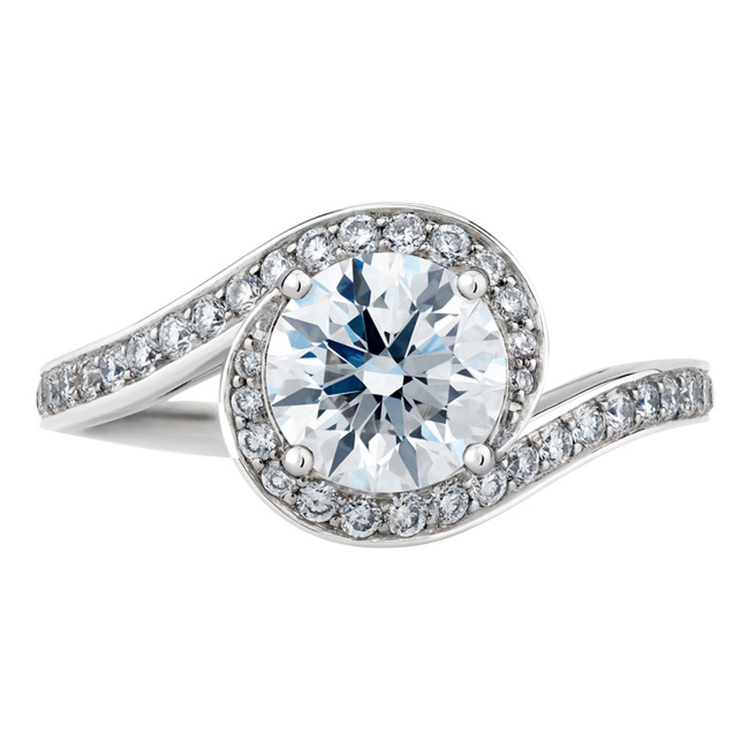 De Beers Caress diamond solitaire engagement ring_20140305_Main