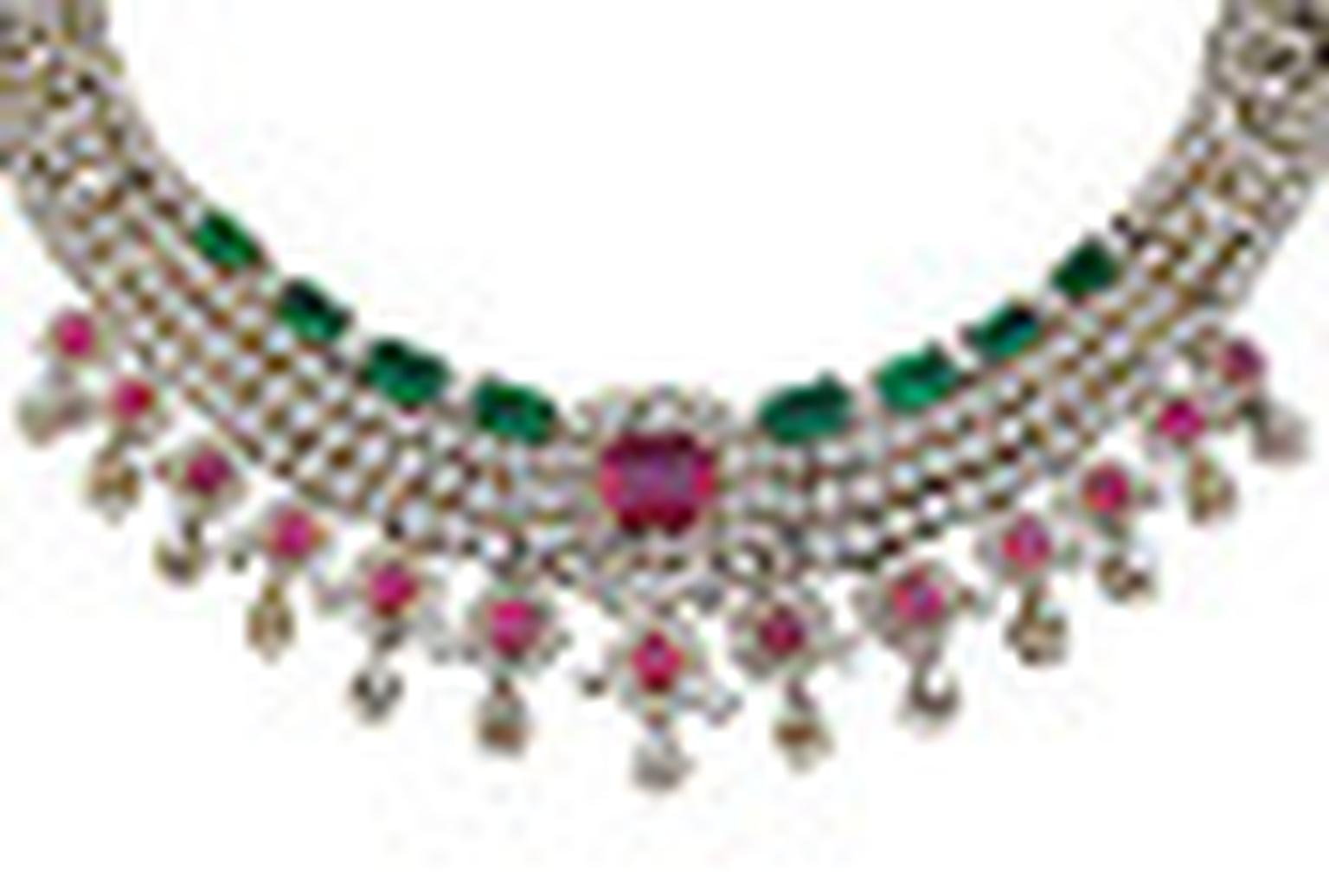 Varuna D Jani necklace