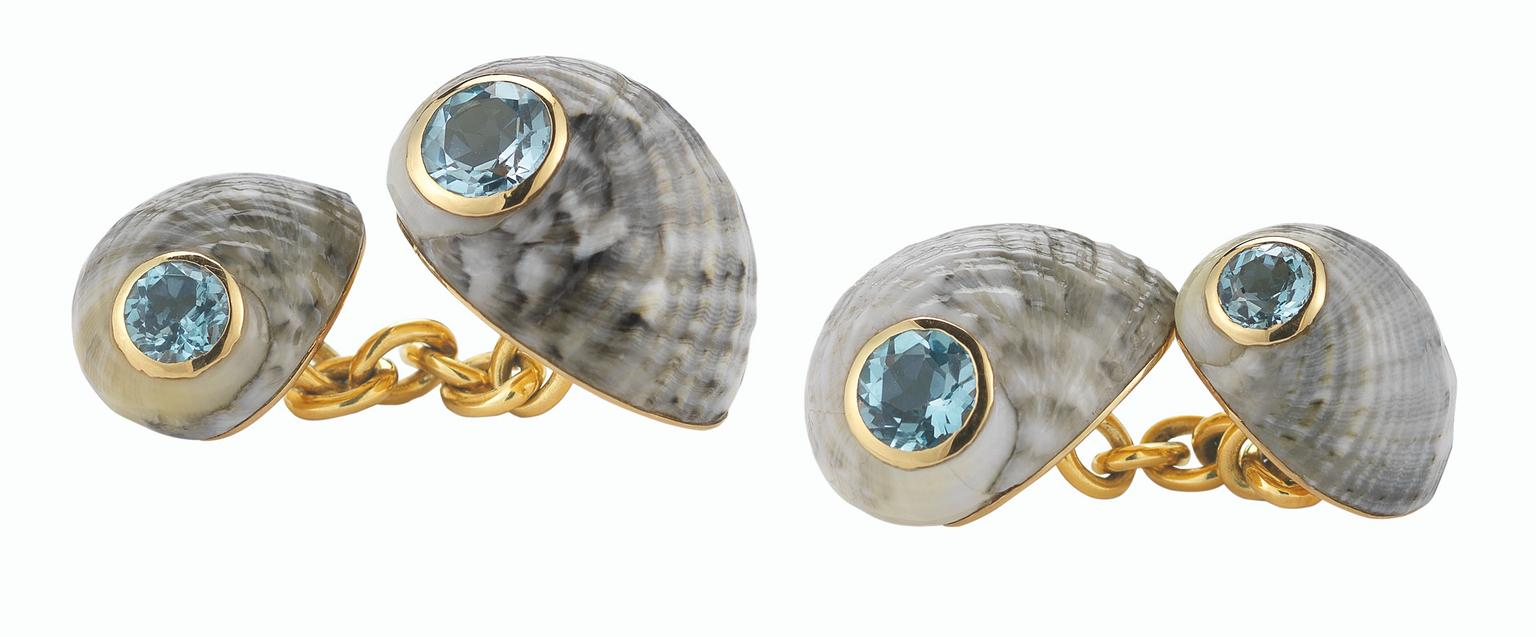 Trianon-Four-Shell-Blue-Topaz-cufflinks_20140312_Zoom