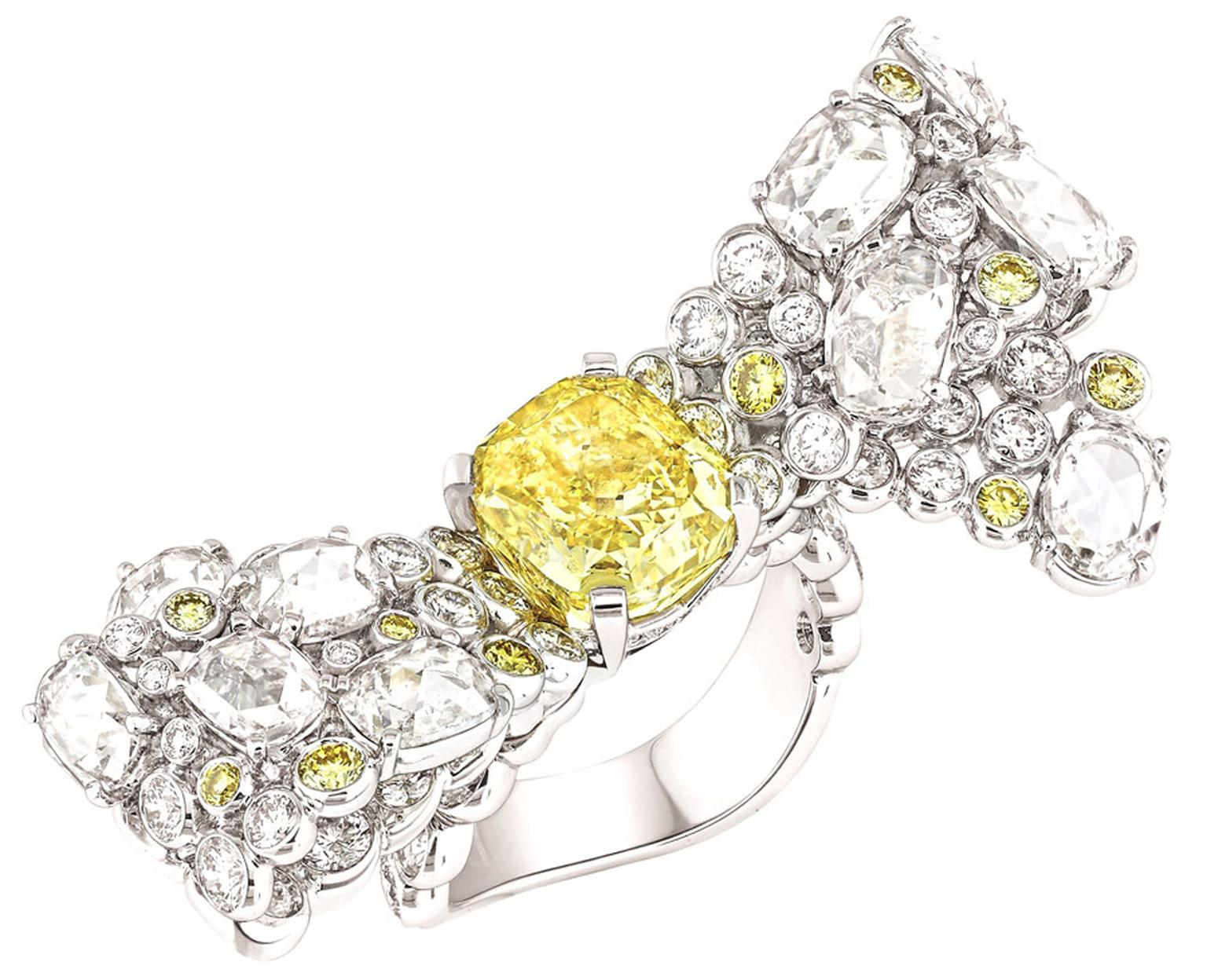 Chanel-Bague-Ruban-Mademoiselle-Dia-Jaune-GM