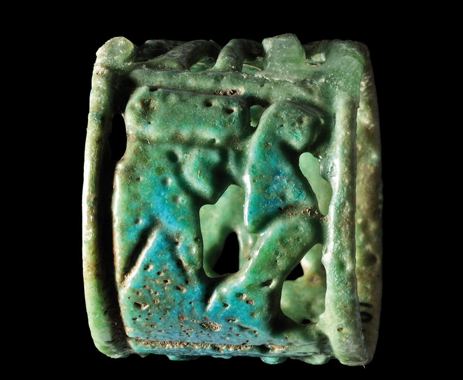 AN-EGYPTIAN-GREEN-FAIENCE-RING