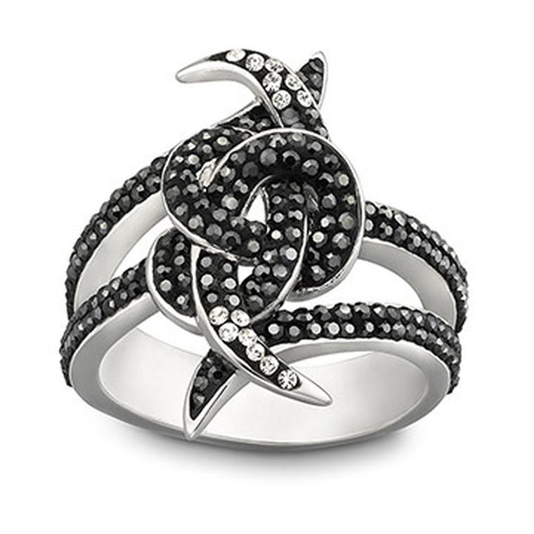 Stephen-Webster-Love-Knot-ring