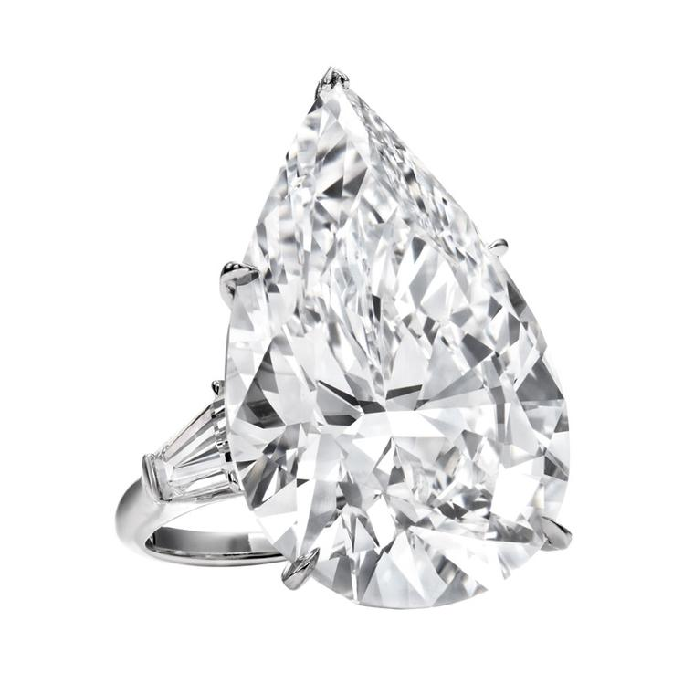 Harry Winston. Classic_Winston_Pear-shaped_diamond_engagement_ring