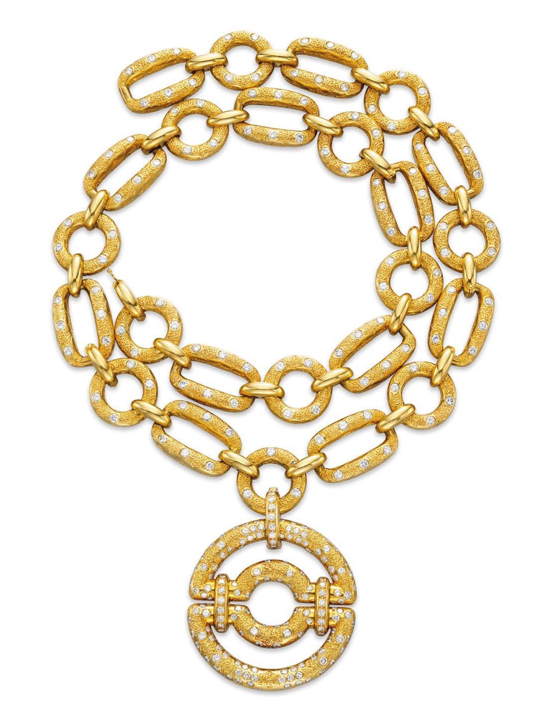 Van-Cleef-Arpels-Sevres-necklace