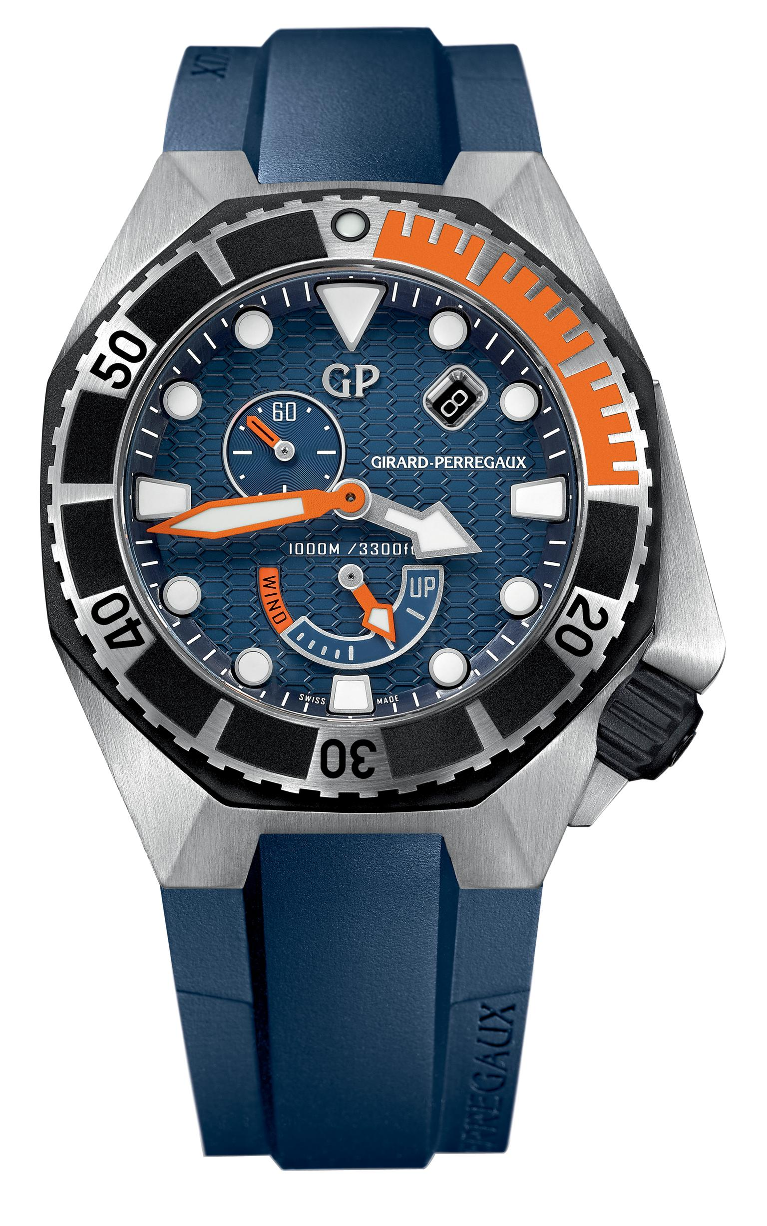 Girard-Perregaux Sea Hawk in steel & rubber _20140505_Zoom