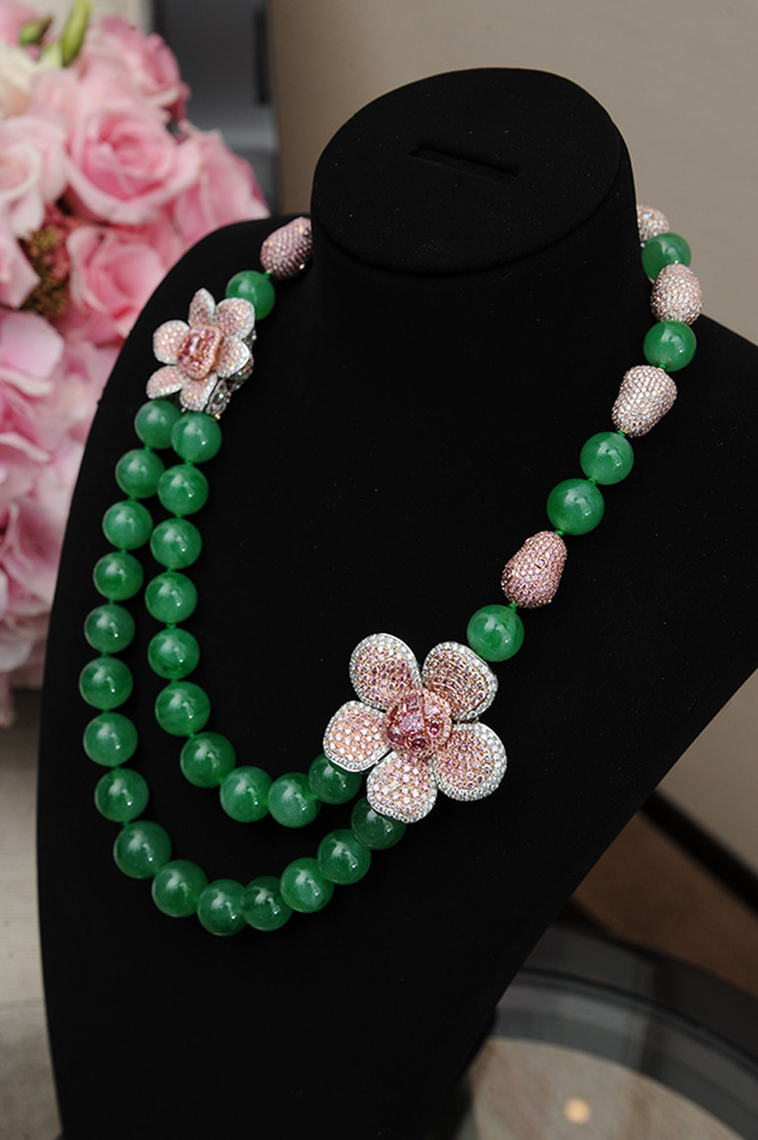 Chow-Tai-Fook_Argyle-Empress-Necklace