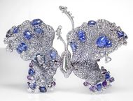 Cindy Chao presents a retrospective of her unique jewels in Paris