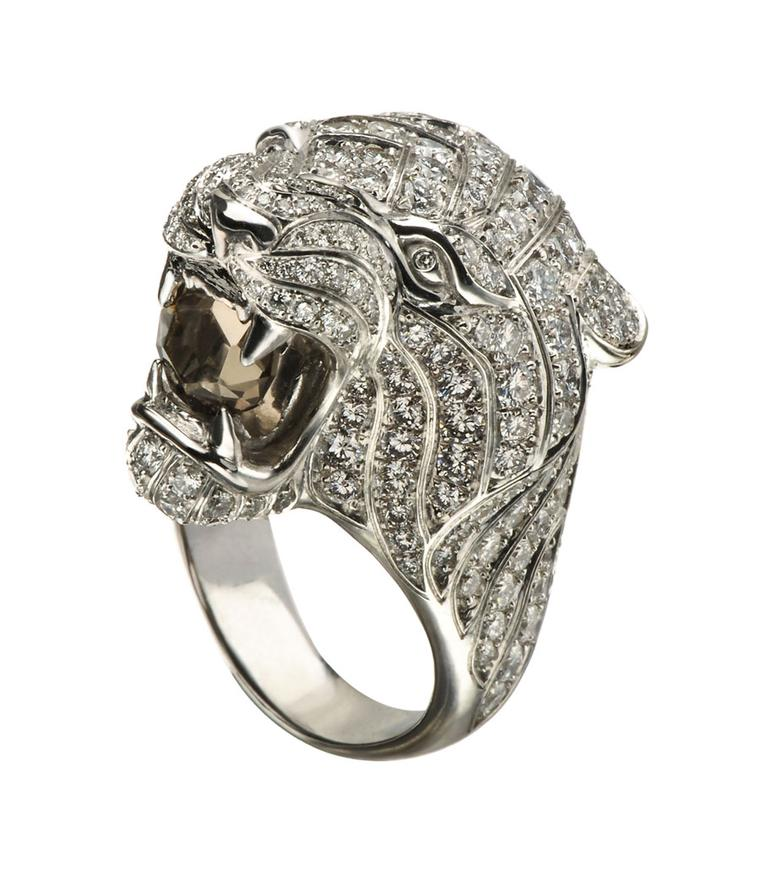 Bestiario-Ring-in-white-gold-with-diamonds-and-smokey-quartz