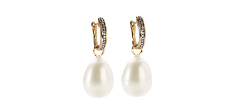 Annoushka-baroque-pearl-drops-Zoom