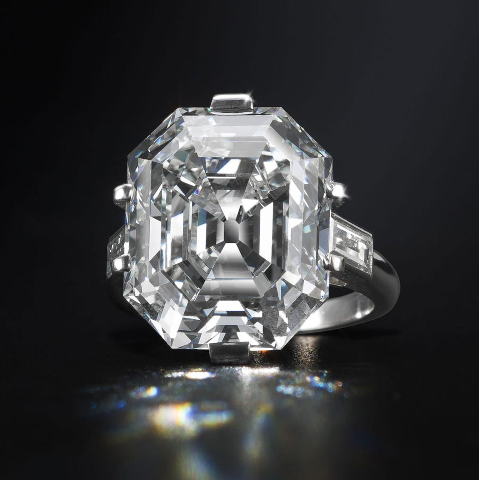 Bonhams-An-elegant-diamond-single-stone-ring
