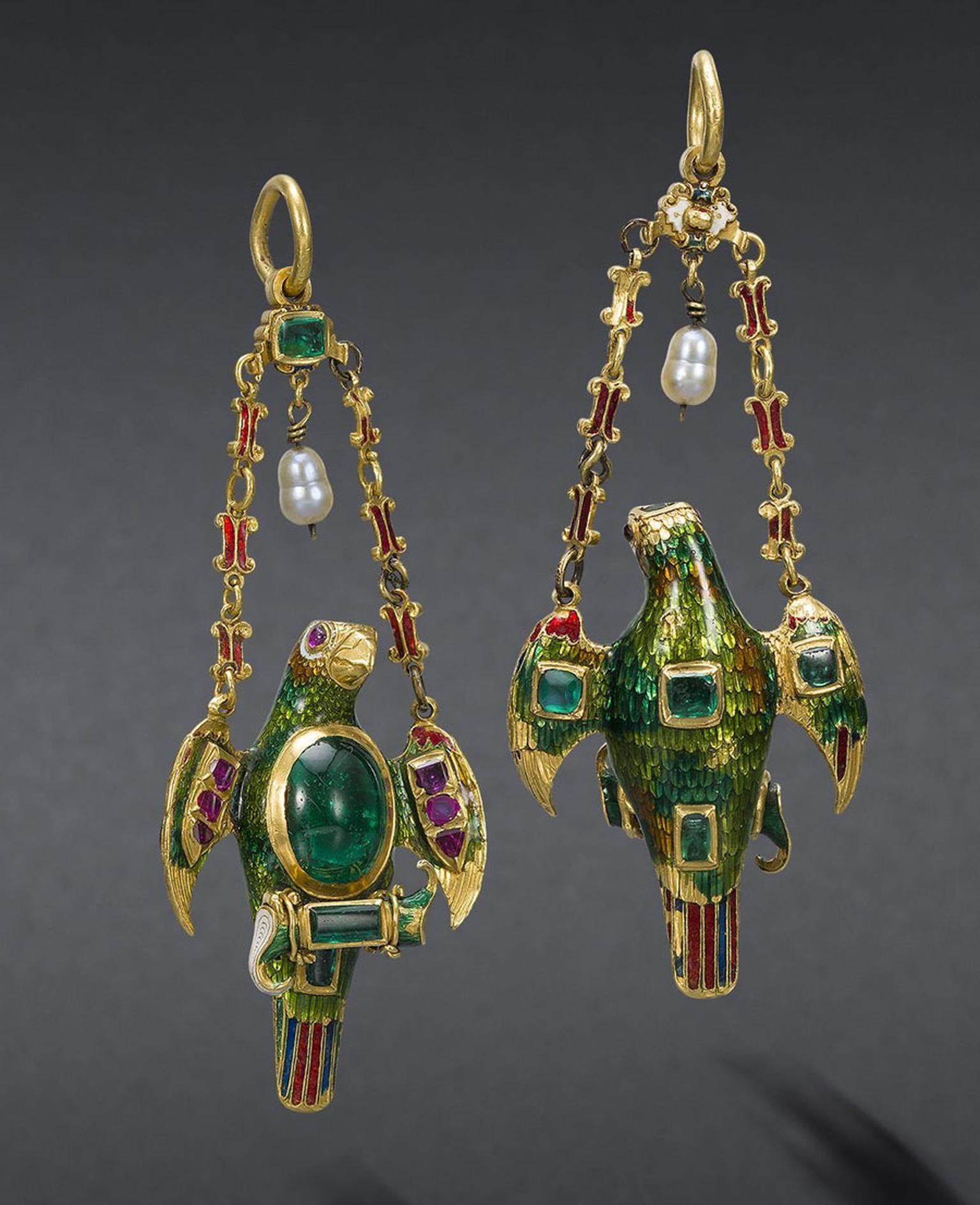 Bonhams-A-Spanish-Colonial-gold-enamel-and-gem-set-pendant