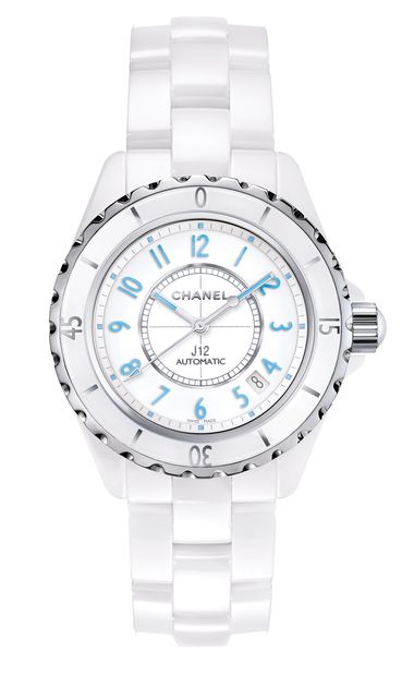 Chanel-J12-Blue-Light-Watch-Zoom