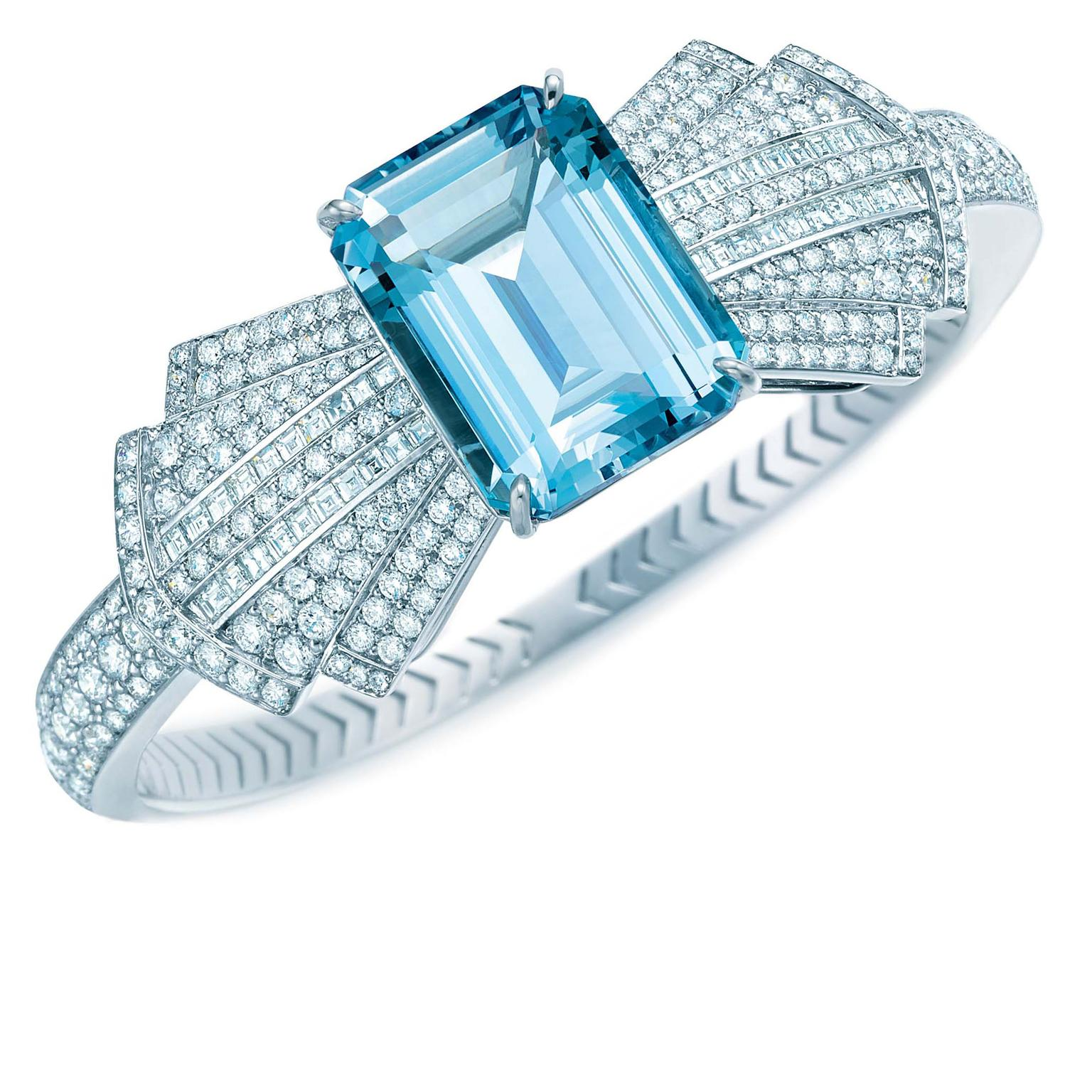 Tiffany-Blue-Book-Bracelet-Zoom
