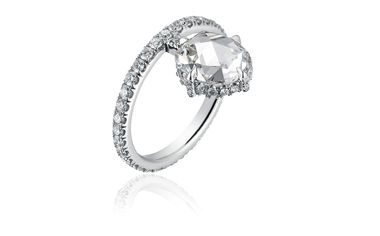 Find-Diamond-Ring-zoom