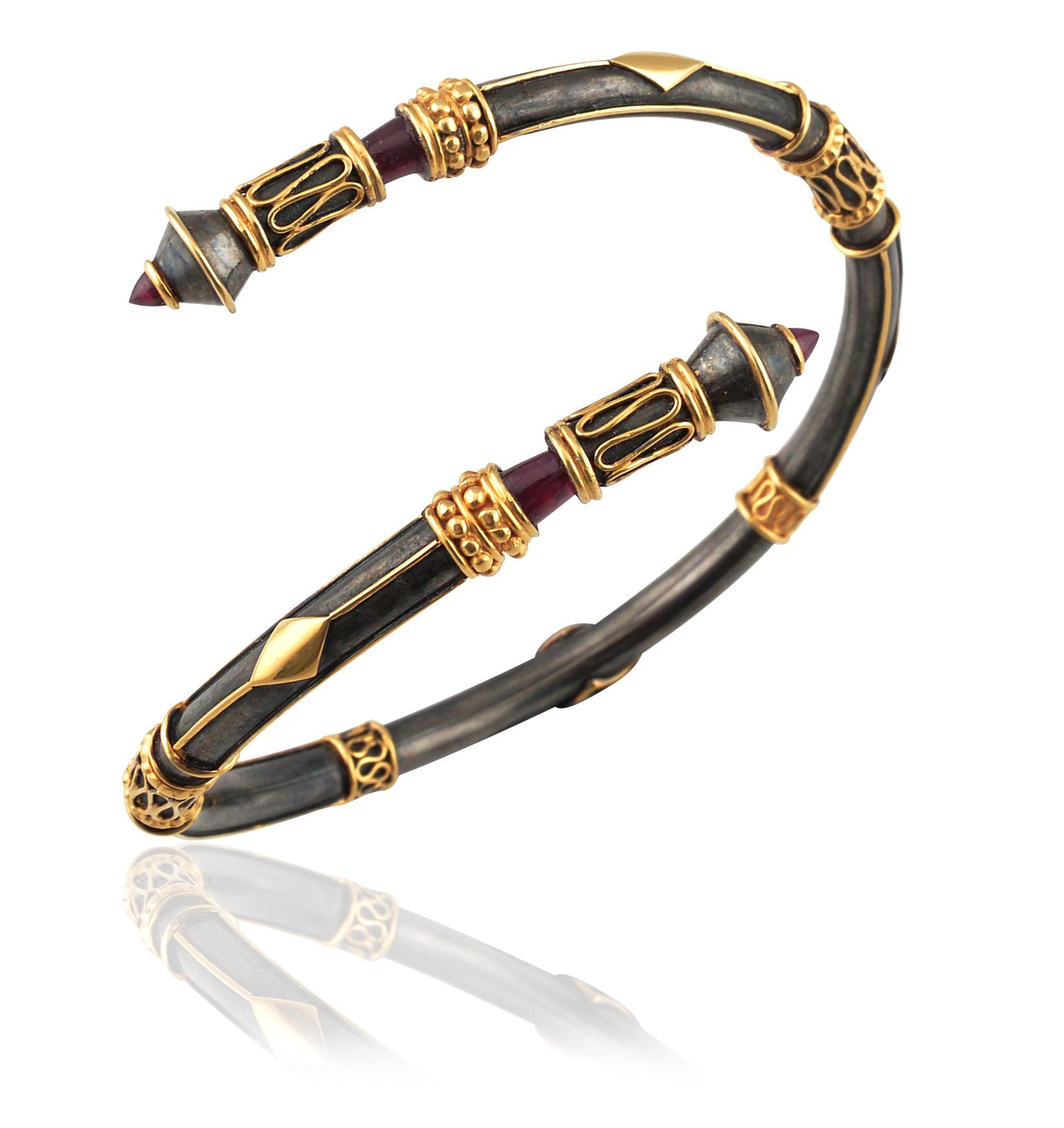 Amrapali-Open-Twist-Bangle-zoom