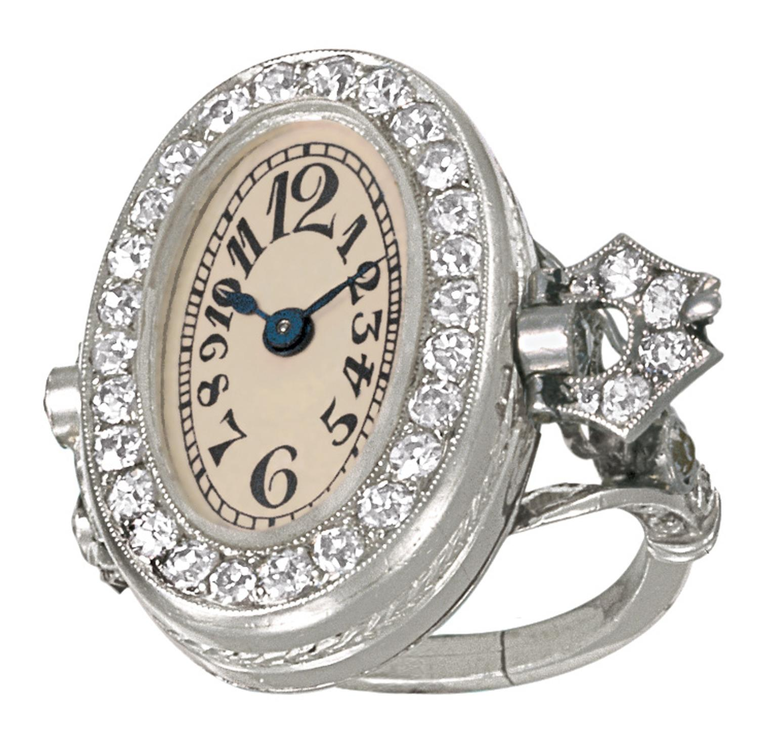Patek-Philippe-P0605_aq1_200_ring-watch.jpg