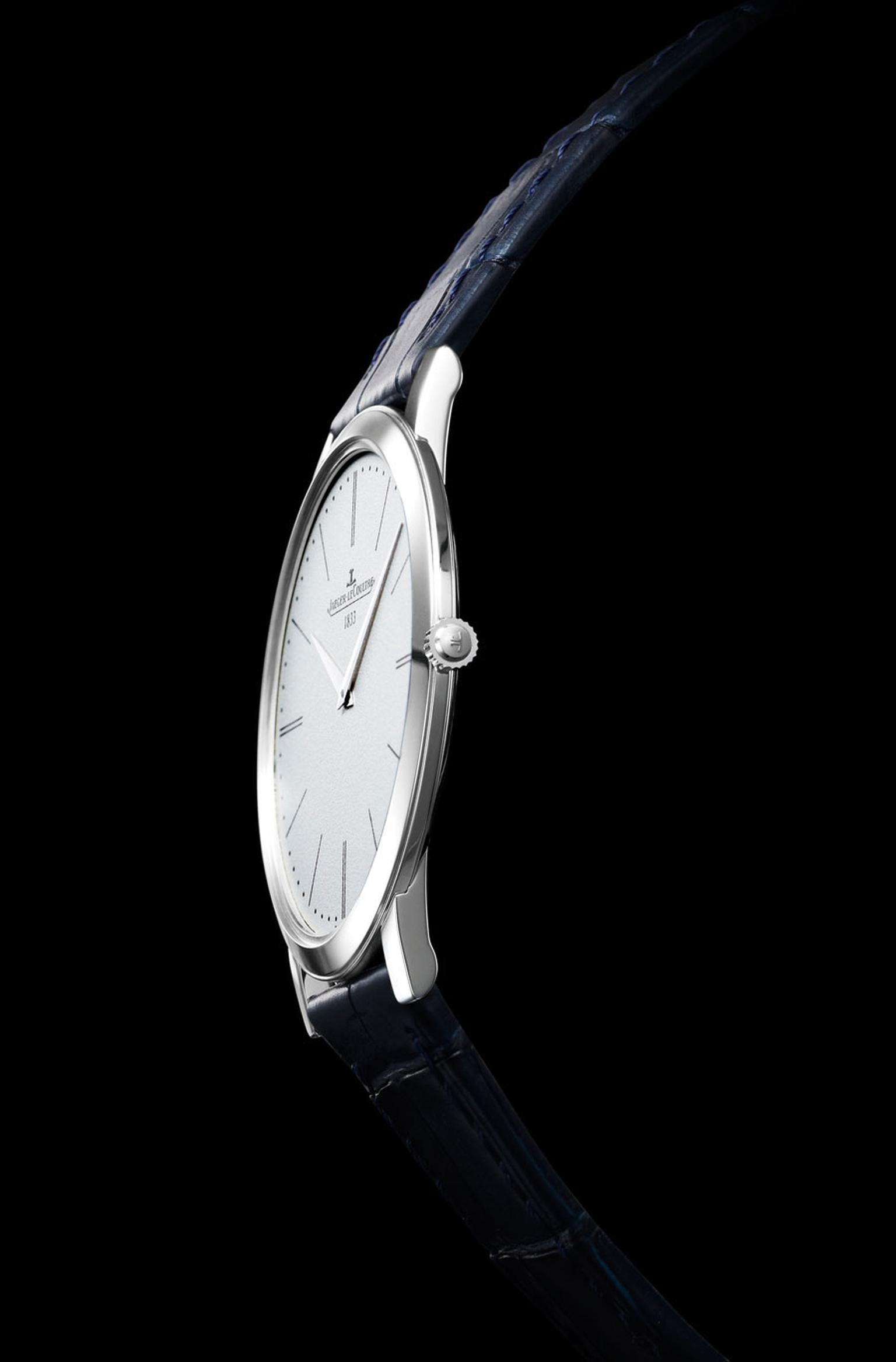 Jaeger-LeCoultre-Master_Ultra_Thin_1907_2