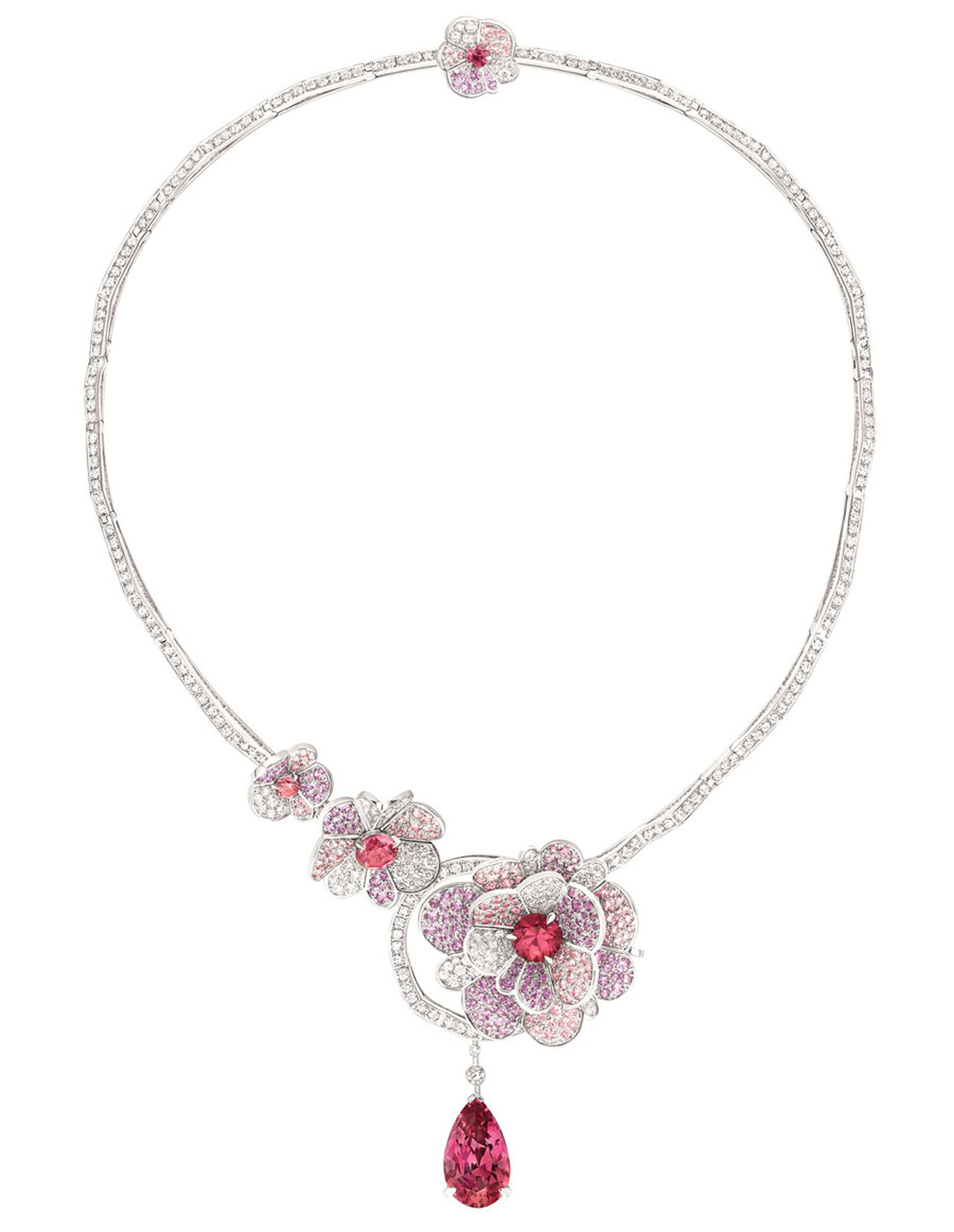 Chanel-Collier-Camelia-Origami.jpg