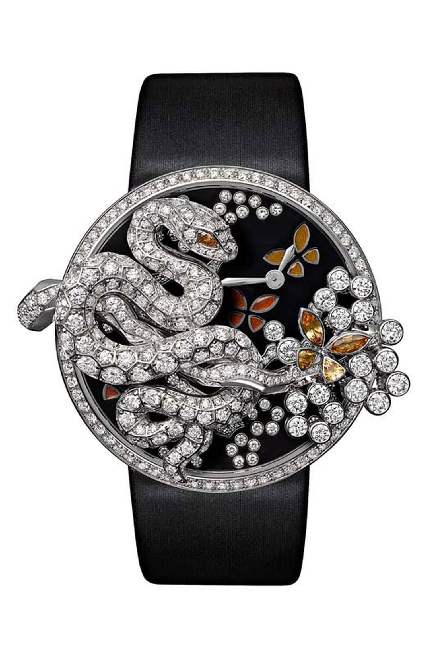 Cartier Fabuleux snake watch, a numbered edition limited to 60 pieces. Case in white gold set with brilliant-cut diamonds.