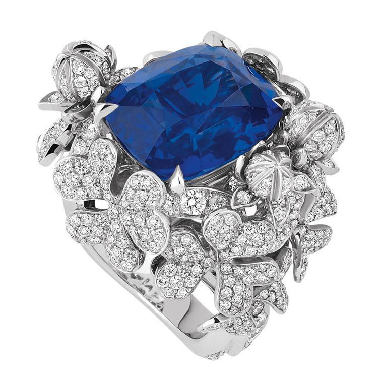 Dior-PRECIEUSES-TREFLE-RING-SAPPHIRE