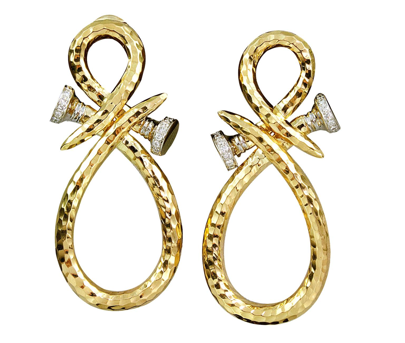 David-Webb-Curved-Earrings-zoom