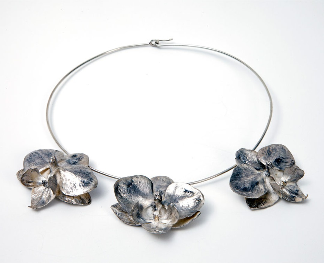 Marc Quinn at Selfridges Silver necklace Price from 7000