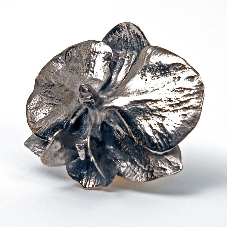 Marc Quinn at Selfridges White gold ring Price from 9000.